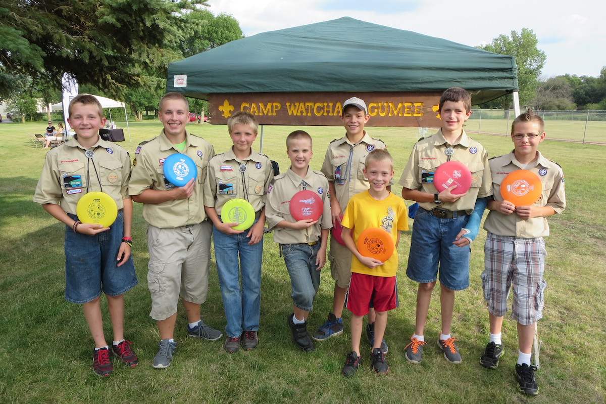 Boy Scout troop disc golf